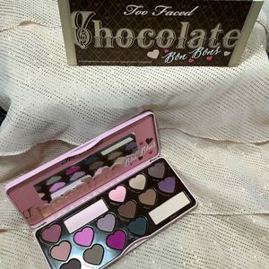 Eyeshadow for Sale in Chicago, IL