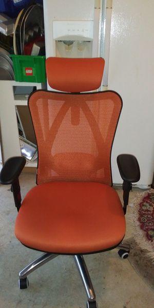 Nice office chair..plus ergonomic cushion 40.00 value for Sale in Nashville, TN