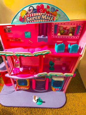 Shopkins super mall for Sale in Raleigh, NC