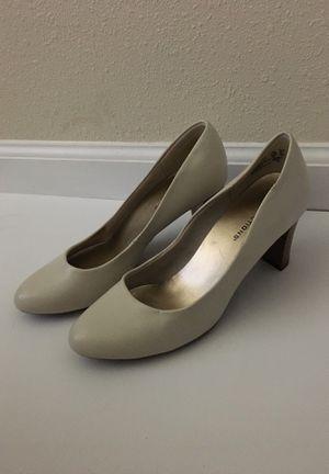 Heels size 6 for Sale in Clovis, CA