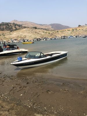 Lake ready ski boat tagged and title in hand for Sale in Clovis, CA
