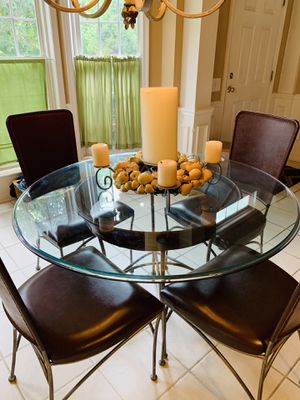 SOPHISTICATED KITCHEN DINING TABLE! AGED LEATHER AND IRON TABLE WITH BEVELED GLASS & 4 MATCHING HIGH BACK CHAIRS FROM BASSETT WAS $4000. for Sale in Medford, NJ