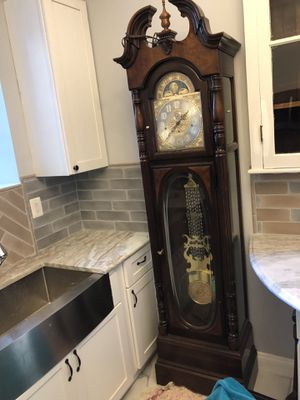 Antique beautiful clock for Sale in Baltimore, MD