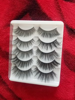 5 pairs of lashes for Sale in Los Angeles, CA