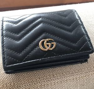 Black Gucci wallet pre loved ❤️ 100 percent authentic for Sale in Los Angeles, CA