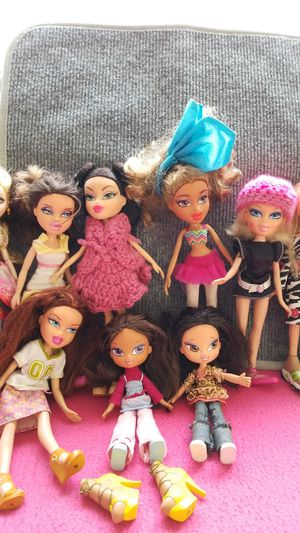 Bratz doll lot for Sale in Los Angeles, CA