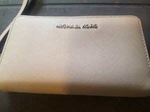 Michael Kors Wallet for Sale in Carthage, MO