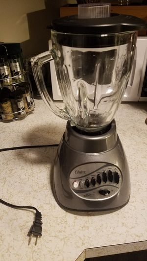 Oster 12 speed glass blender for Sale in Missoula, MT