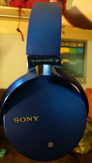 Sony MDR Bluetooth (bass boost) headphones for Sale in Clarkdale, GA