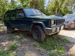 2001 Jeep Cherokee Sport ( For part's or not working ) for Sale in Romulus, MI
