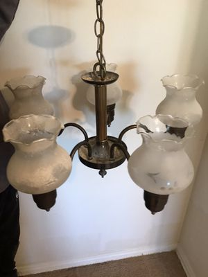 Chandelier- dining room light fixture for Sale in Los Angeles, CA