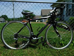 50.8cm Never ridden Specialized Dolce road bike for Sale in Nashville, TN