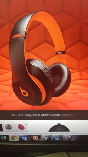 Beats studio 3 ten year collection edition for Sale in Bethesda, MD