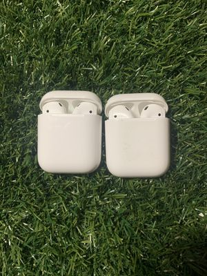AIRPODS 1ST GEN ⚠️DESCRIPTION⚠️ for Sale in Palm Harbor, FL