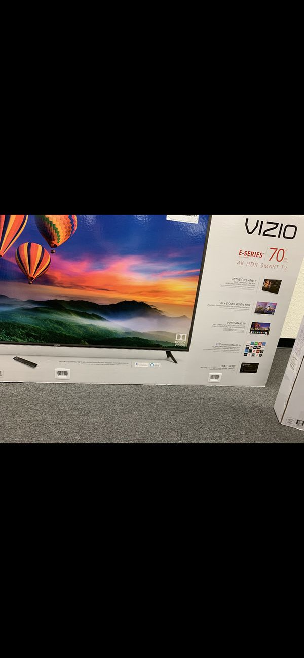 "Vizio 70"" tv smart 4k tv. With warranty"