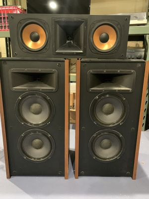 KLIPSCH T30 STEREO SPEAKERS AND KLIPSCH RC-3II CENTER CHANNEL SPEAKER RICH SOUND for Sale in Dumont, NJ