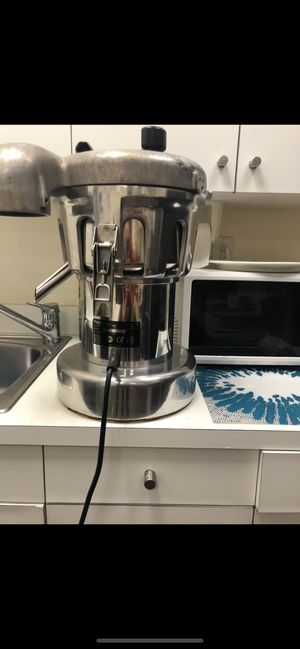 nutrifaster n450 multi purpose juicer for Sale in North Miami, FL