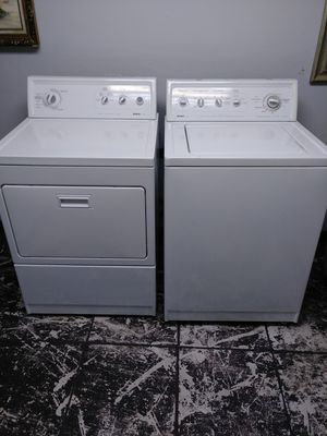 Full capacity washer and dryer set Kenmore for Sale in Pompano Beach, FL