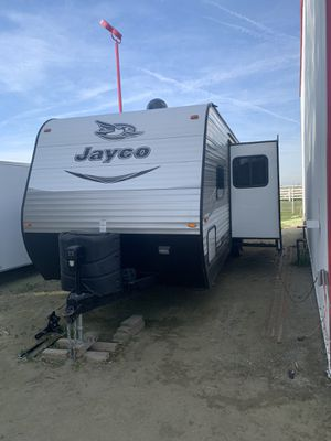 2017 Jayco Flight 28BHBE for Sale in Bakersfield, CA