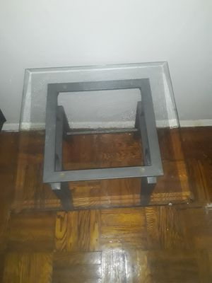 End tables for Sale in The Bronx, NY