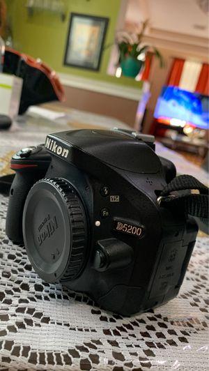 Nikon D5200 for Sale in Boston, MA