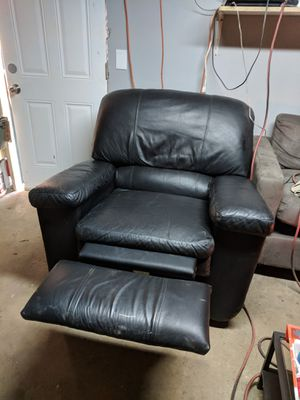 Real lazy boy recliner for Sale in Falls Church, VA