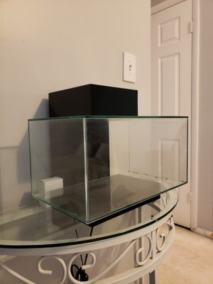 Fish Tank - Fluval EDGE for Sale in MONTGOMRY VLG, MD