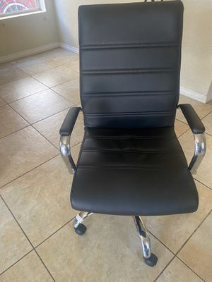 Office chair for Sale in Vista, CA