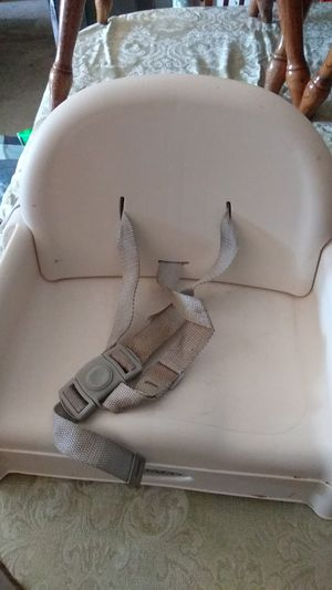 Graco booster seat for kitchen table for Sale in Antioch, CA