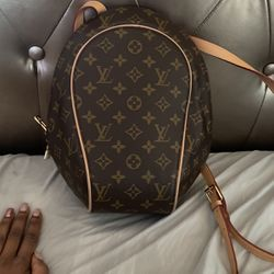 Throwback Louis Vuitton Book bag for Sale in Temple Hills,  MD