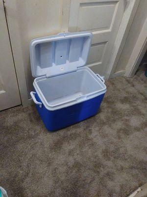 Rubbermaid Cooler for Sale in Wichita, KS