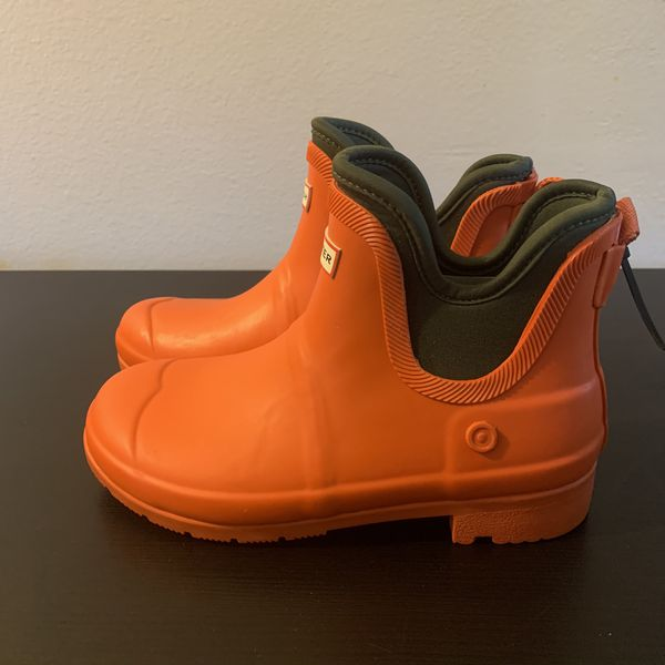 Kids Hunter rain boots size 4