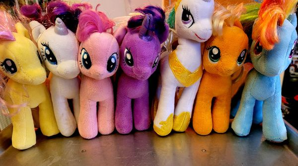 Lot of 7 My Little Pony plush dolls