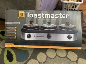 Toastmaster triple crock pot - 1.5 qt each, 4.5 qt total for Sale in Pasadena, MD