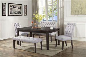 Dining table set 5 pcs for Sale in Crestline, CA