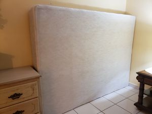 Queen box spring for Sale in Hialeah, FL