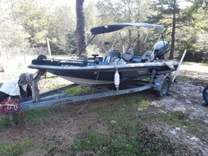 17' Skeeter Bass Boat for Sale in McHenry, MS