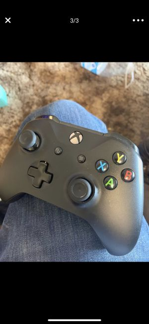 Xbox one controller for Sale in Riverside, CA