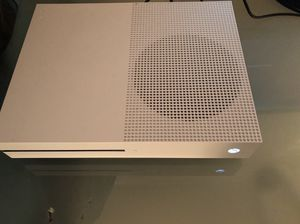 Xbox One S 1 TB with Corsair Gaming Headphones and Extra Wired Controller for Sale in Miami, FL