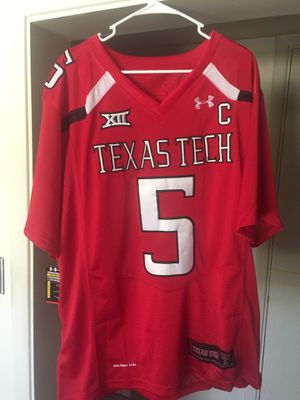 Patrick Mahomes NCAA Jersey Men's Size XL for Sale in Dulce, NM