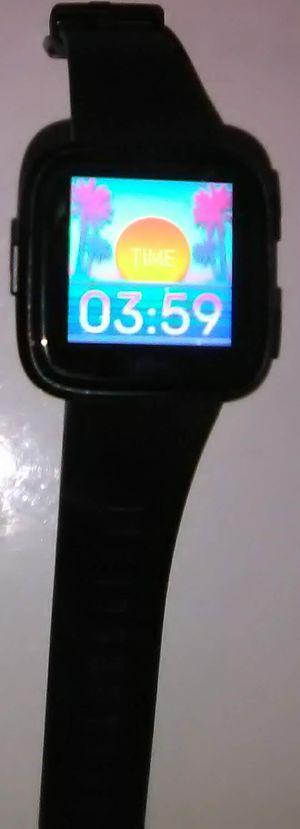 Fitbit versa smartwatch (black) for Sale in Montebello, CA
