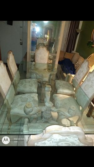 Pulaski curio cabinet and antique diner table glass with 6 chairs for Sale in Garland, TX
