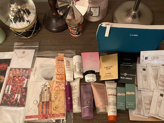Sets of over 40 Luxury beauty samples for Sale in Costa Mesa,  CA