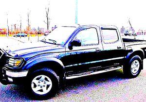 ֆ14OO 4WD Toyota Tacoma 4WD for Sale in Bailey's Crossroads, VA