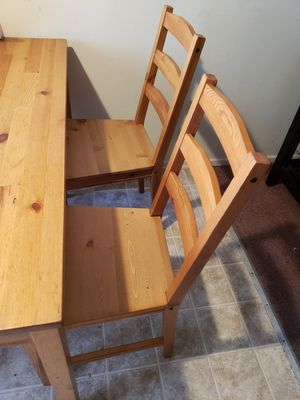 small kitchen table for Sale in Hawthorne, CA