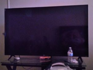 Tcl Roku tv 55 inch for Sale in Farmersville, CA
