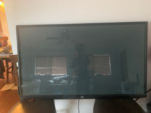 60 inch LG tv for Sale in Aloha, OR