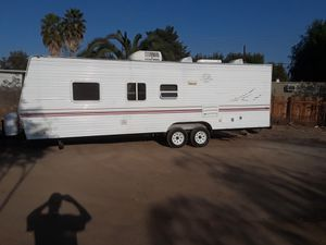 Super clean fleetwood terry for Sale in Los Angeles, CA
