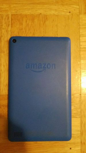 2 kindle fires, works perfectly, comes with charger (trades only) for Sale in Liberty, IL