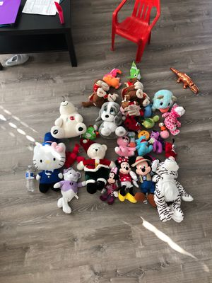 Bundle of PLUSHIES Toys for Sale in San Diego, CA